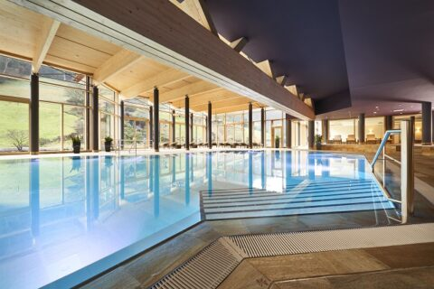 Schwarzwald Wellness Hotel Mineraltherme Bad Teinach
